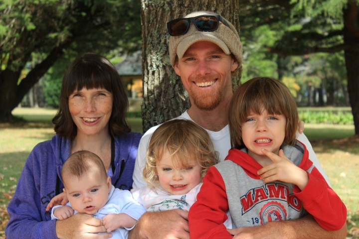 Stead Family Photo, motherhood and our tribe